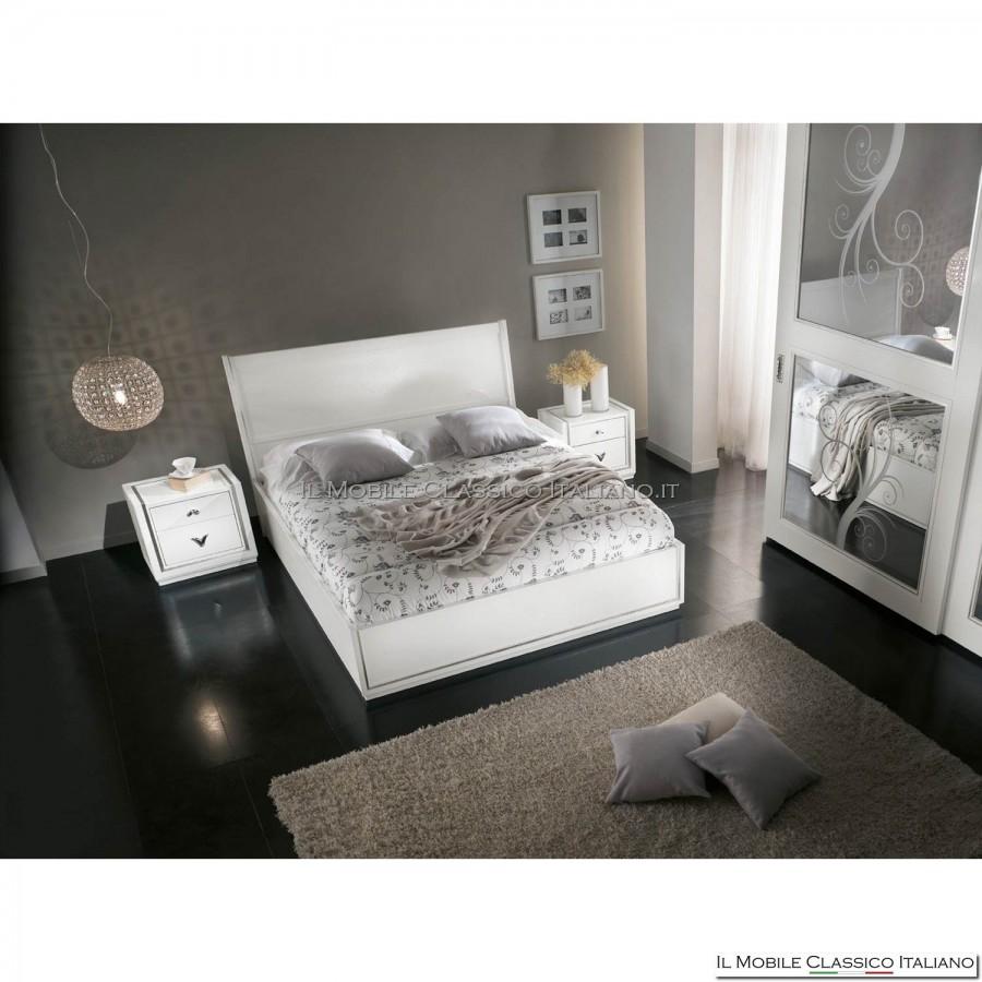 Letto con testata legno e giroletto il mobile classico - Testata letto legno ...