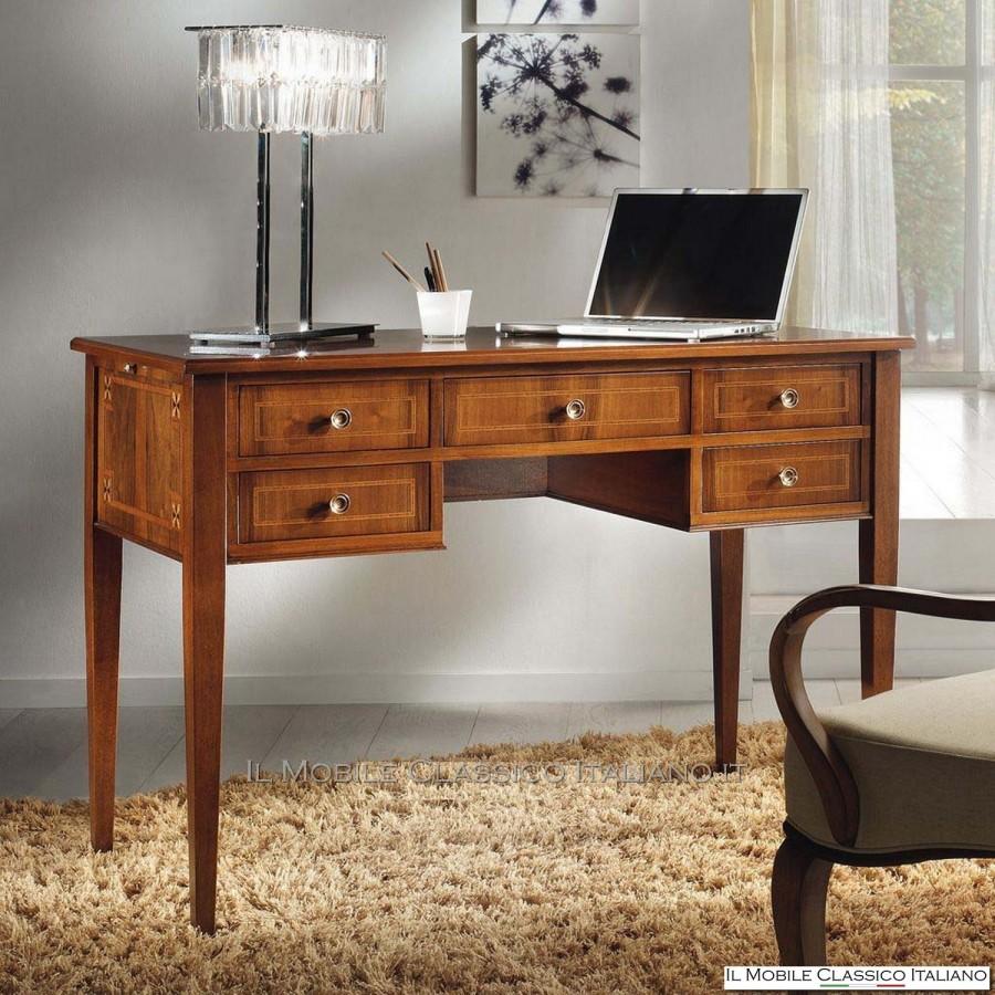 Scrivania classica per pc scrivania da ufficio classica for Mobili da studio