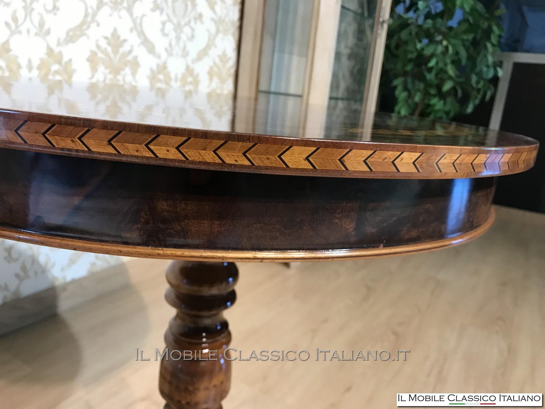 Tavolino classico da salotto rotondo personalizzato for Il mobile classico