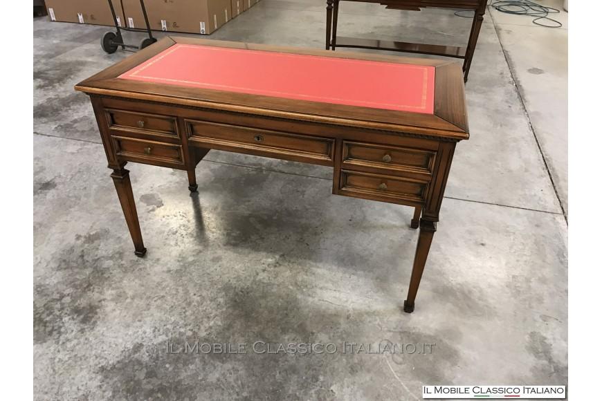 Scrivania design classico scrivania design mobili for Mobili design italiani